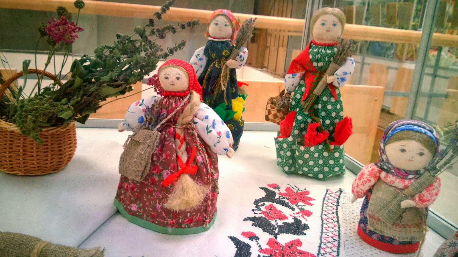 крупчиха традиционная кукла