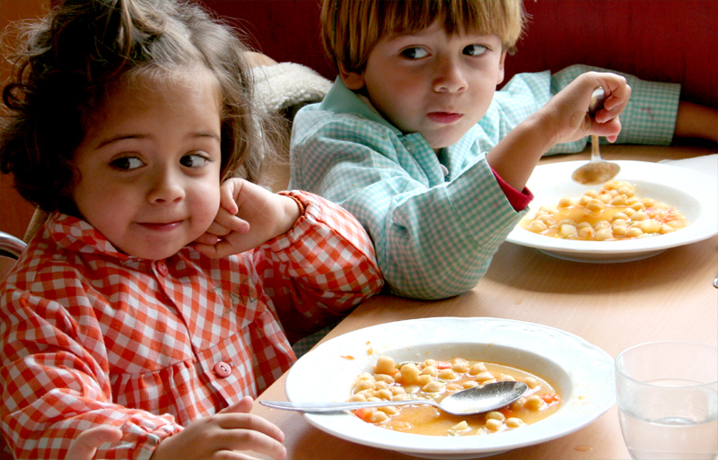 Escuela y alimentaci n h bitos alimenticios infantiles for Comedores para bebes