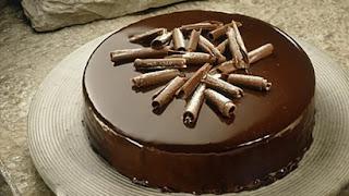 Torta-musse de chocolate amargo light