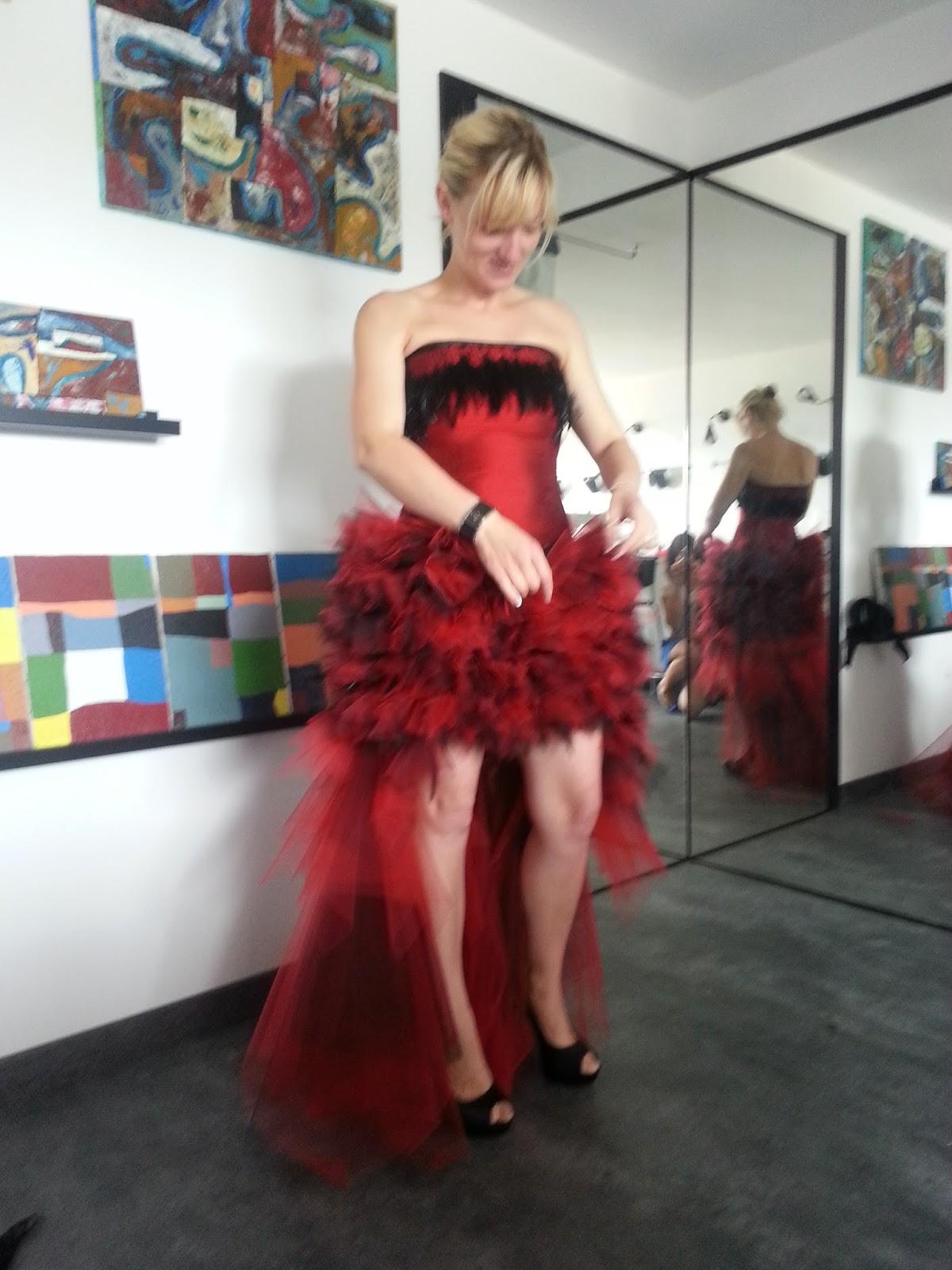 Robe soie sauvage rouge
