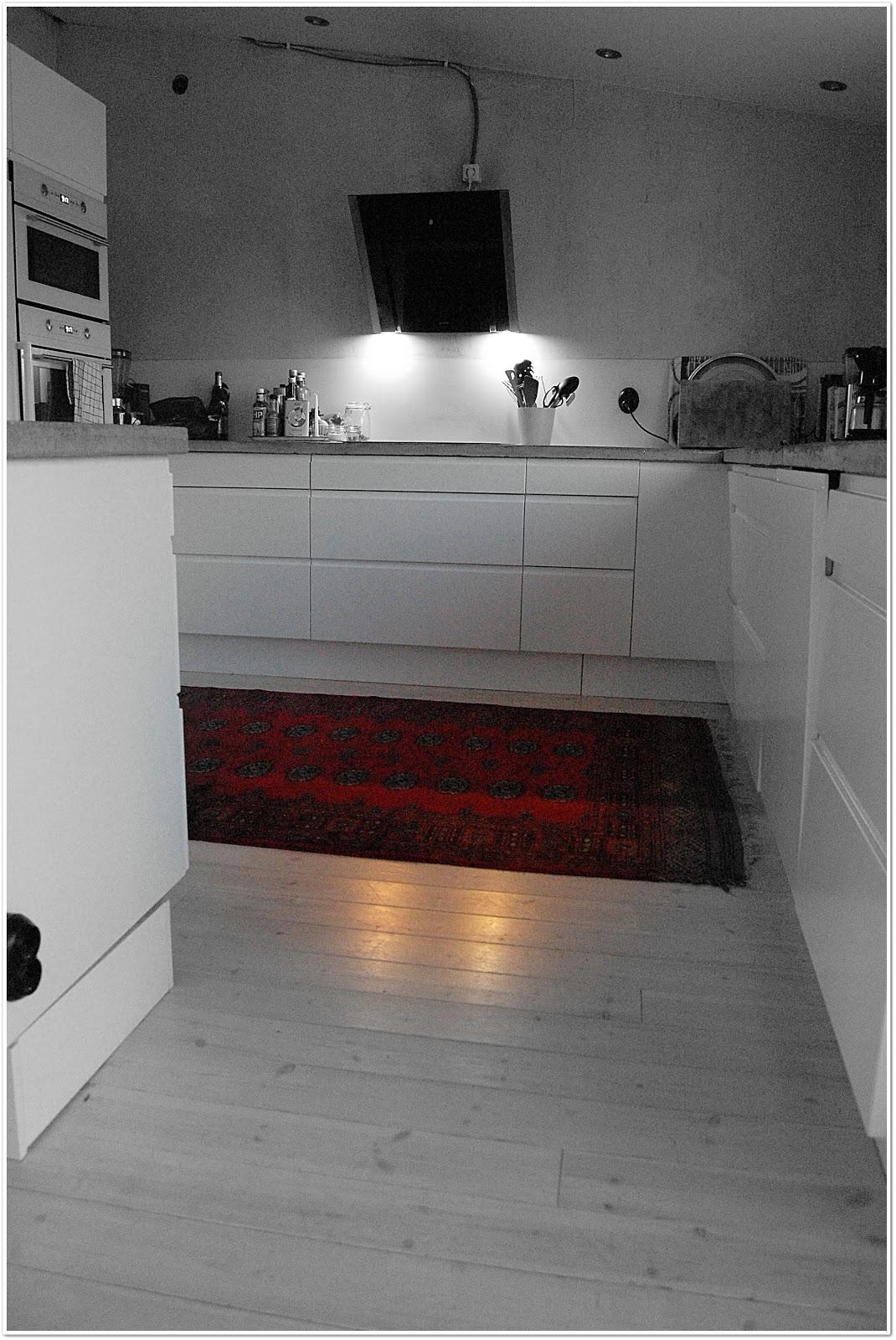 110 kvadrat: i vårt kök...