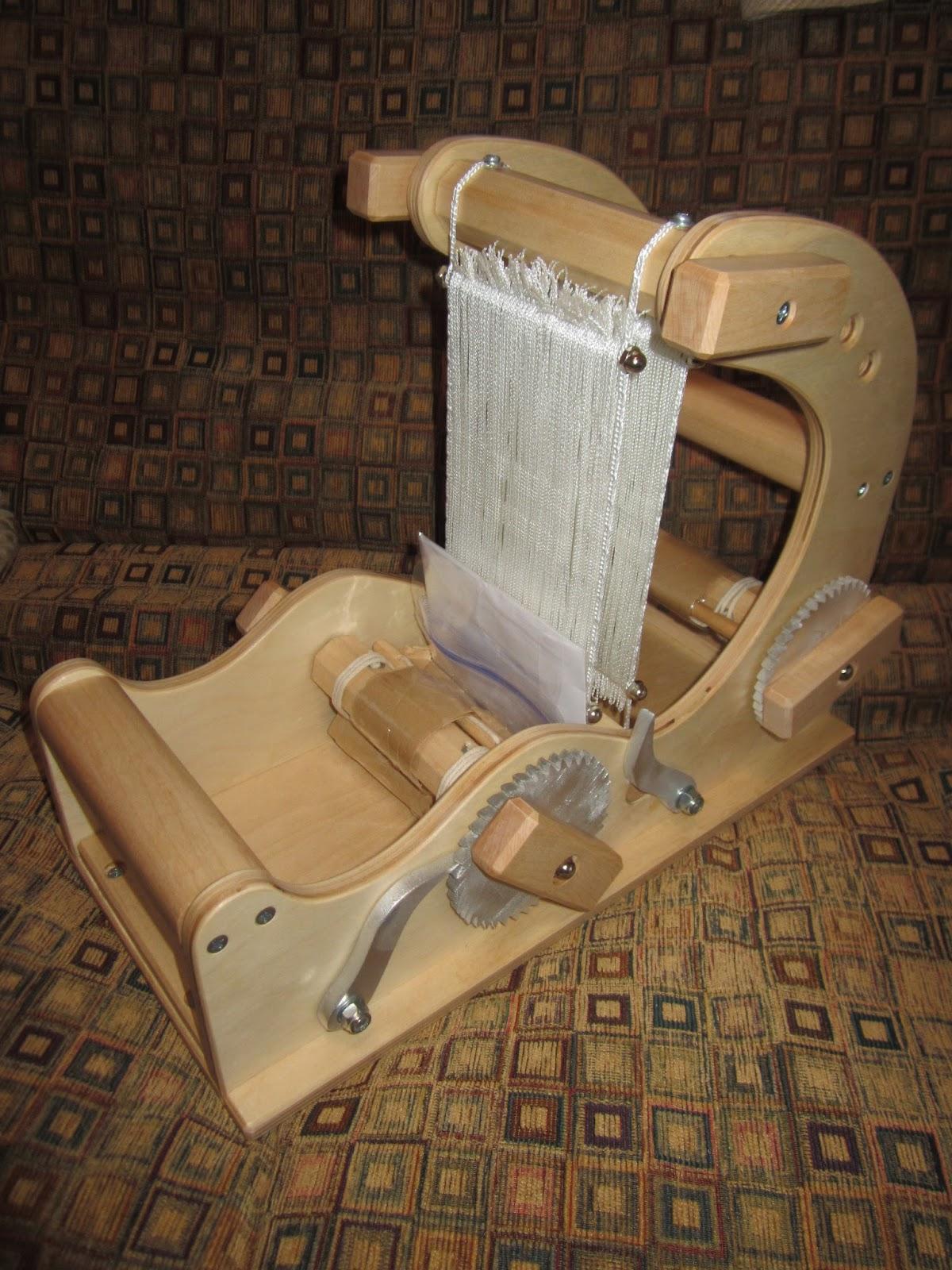 The mini wave loom