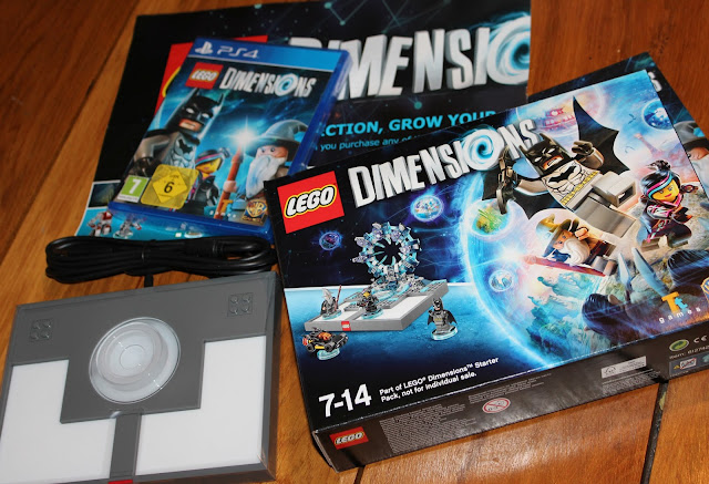 Lego Dimensions video game - box contents