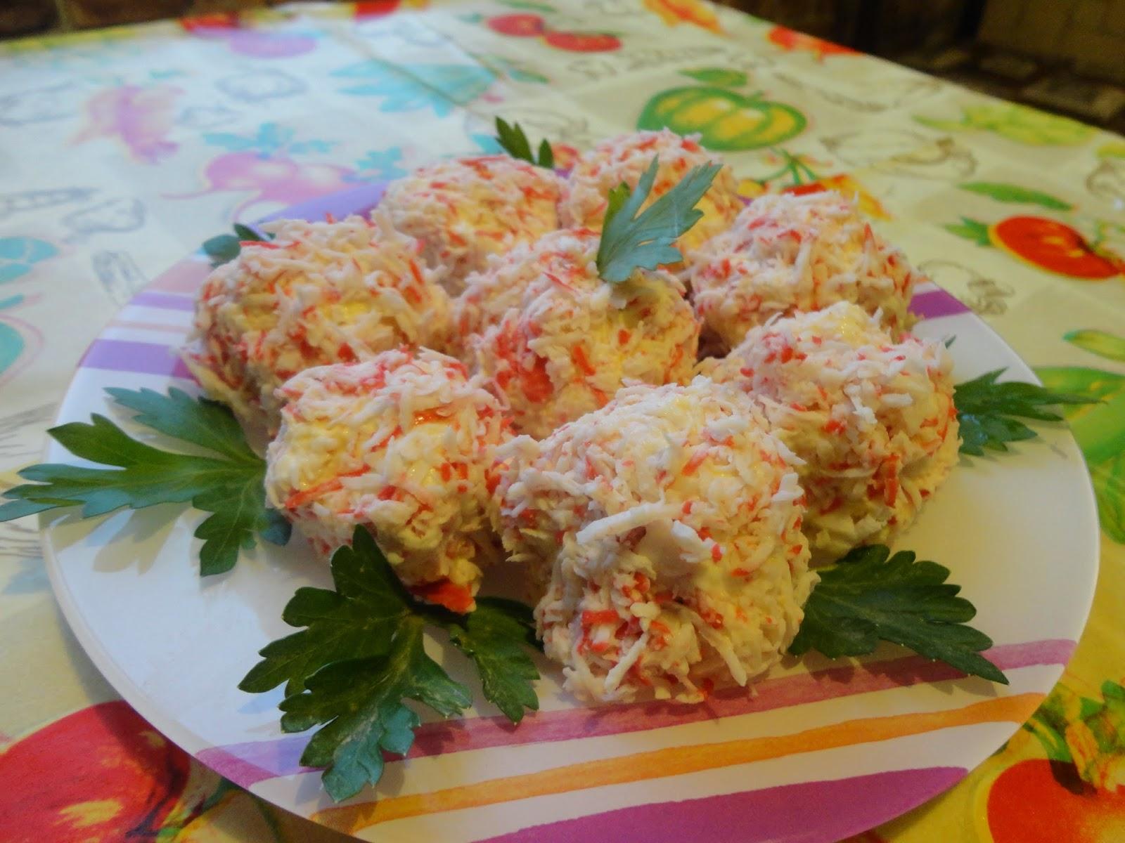 Рафаэлло из крабовых палочек и сыра рецепт пошагово в