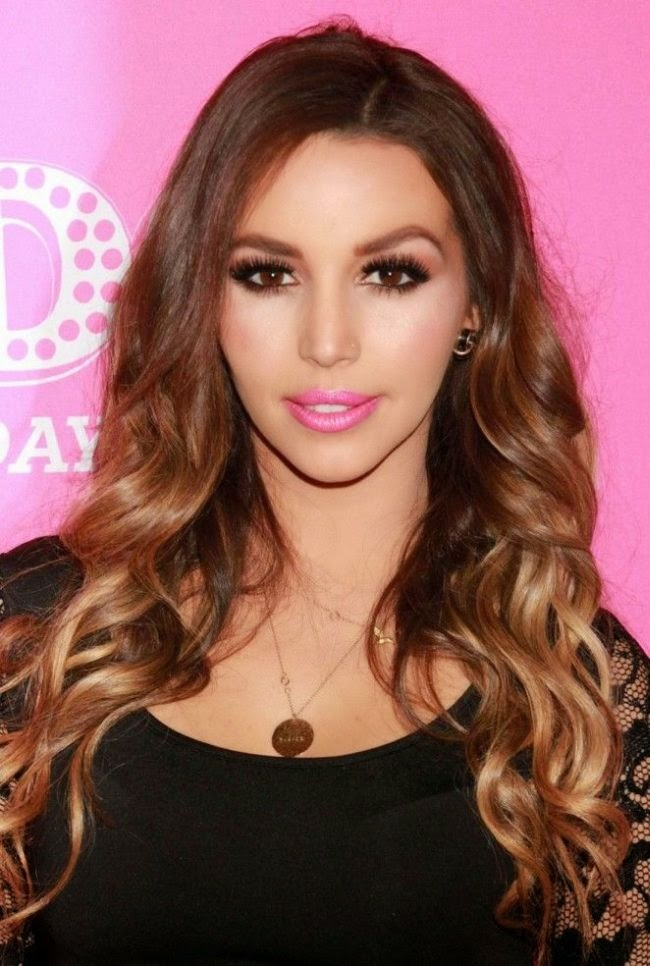 It's a night dedicated to never ending so it is only right that attendees dress up for the ocassion.  And Scheana Marie soared to the middle of the class in the style stake with her on-trend ensemble for the 'Greeked Up' Bash at the Ghostbar Dayclub in Las Vegas on Saturday, January 10, 2015.