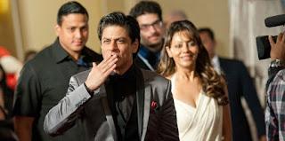 foto shahrukh khan dan istri