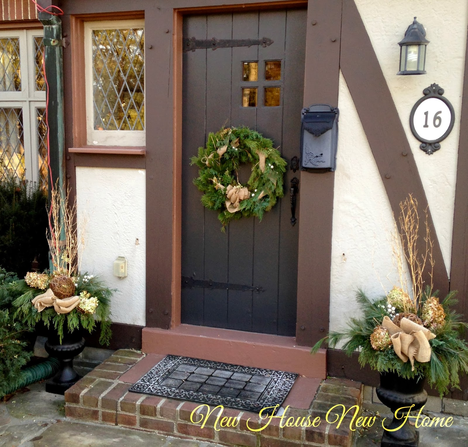 Nature inspired christmas urns new house new home are you like me and want to change up your outdoor christmas decorations every year maybe its just because im blogging but last years decorations just rubansaba