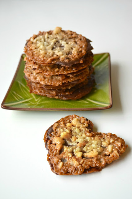 Chocolate Macadamia Lacey Cookies taste like World Market's addictive cookies