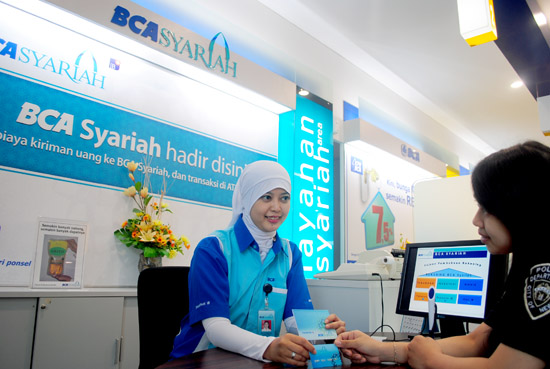 Info Lowongan Kerja Terbaru Bank BCA Syariah  APA LAAH INFO
