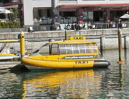лодка зеленый огонек фото