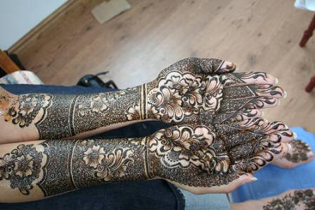 Arabic-Bridal-Mehndi-Design