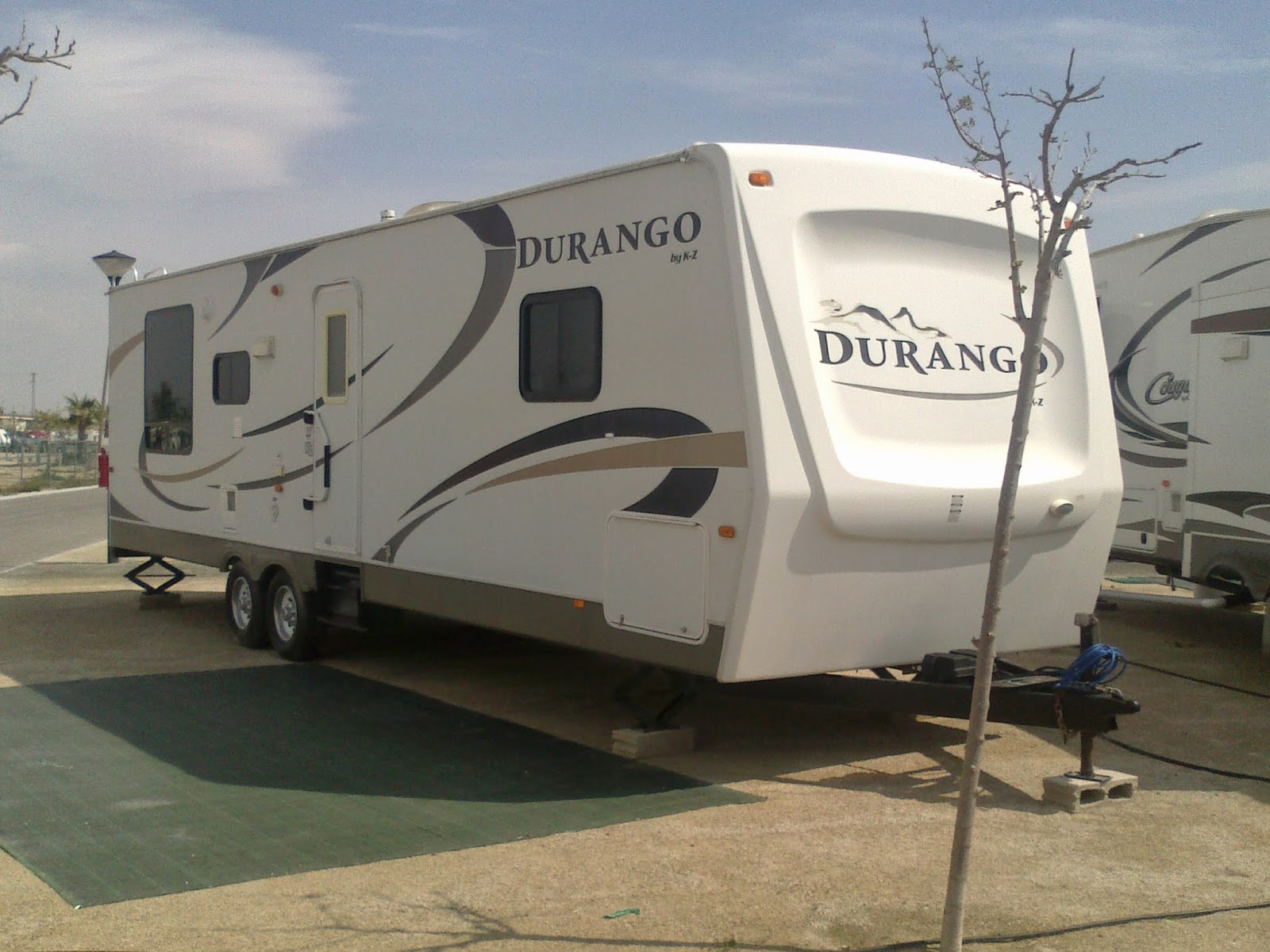 5th fifth wheel transport and deliver UK - Spain - Europe