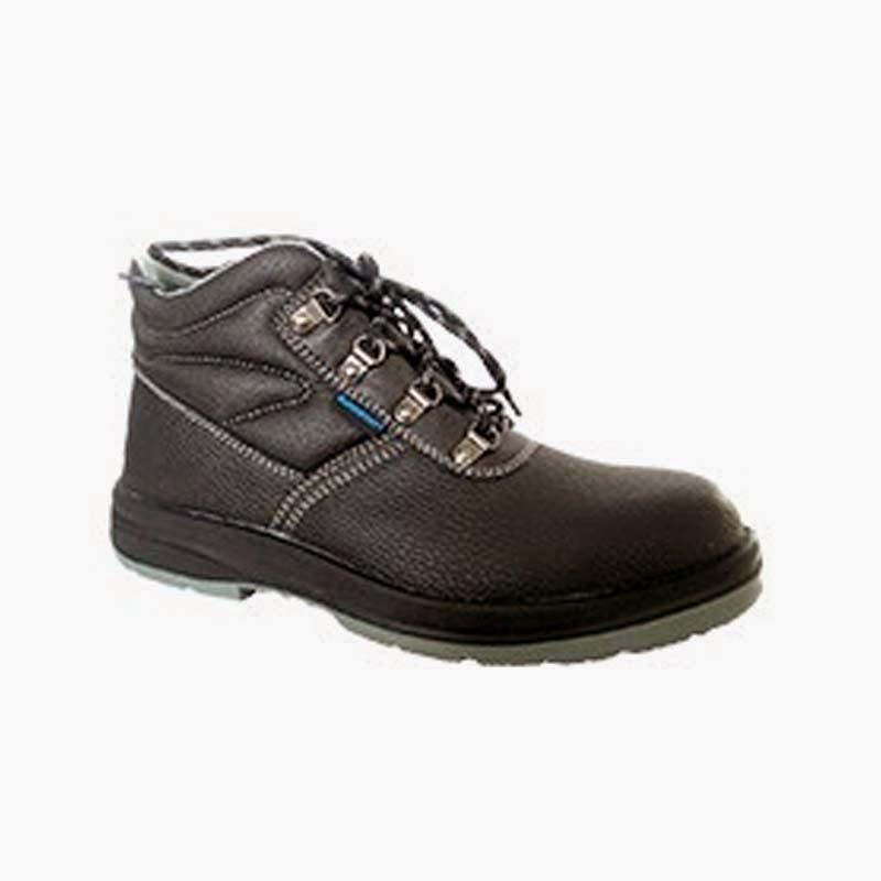 Sepatu Boots HS-003