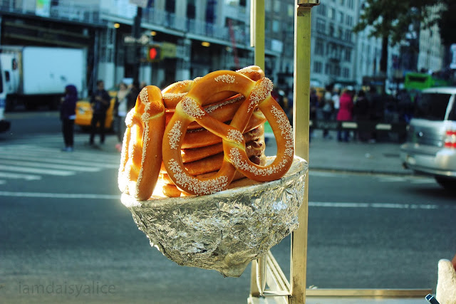 new york pretzels daisy kent photography