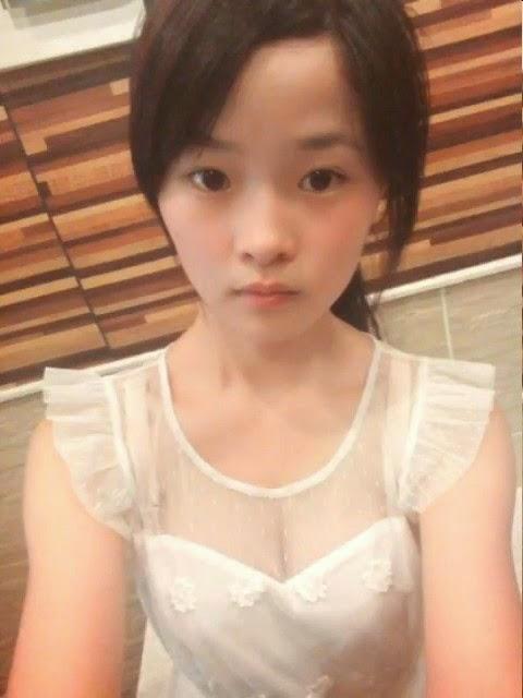 sexy naked young teen girl asian masturbating