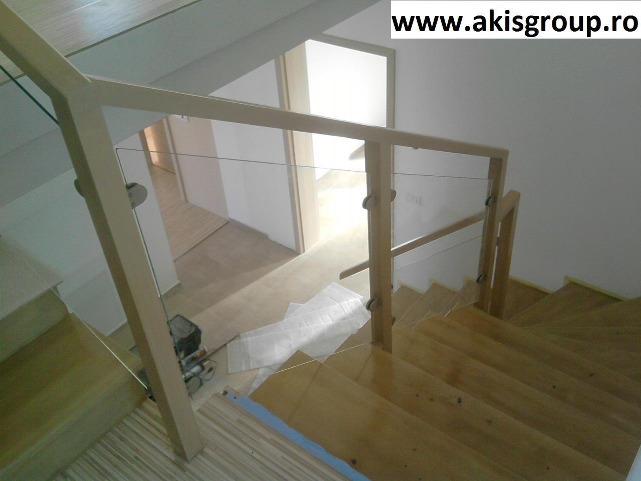 gel nder aus schmiedeeisen gel nder mit glas. Black Bedroom Furniture Sets. Home Design Ideas