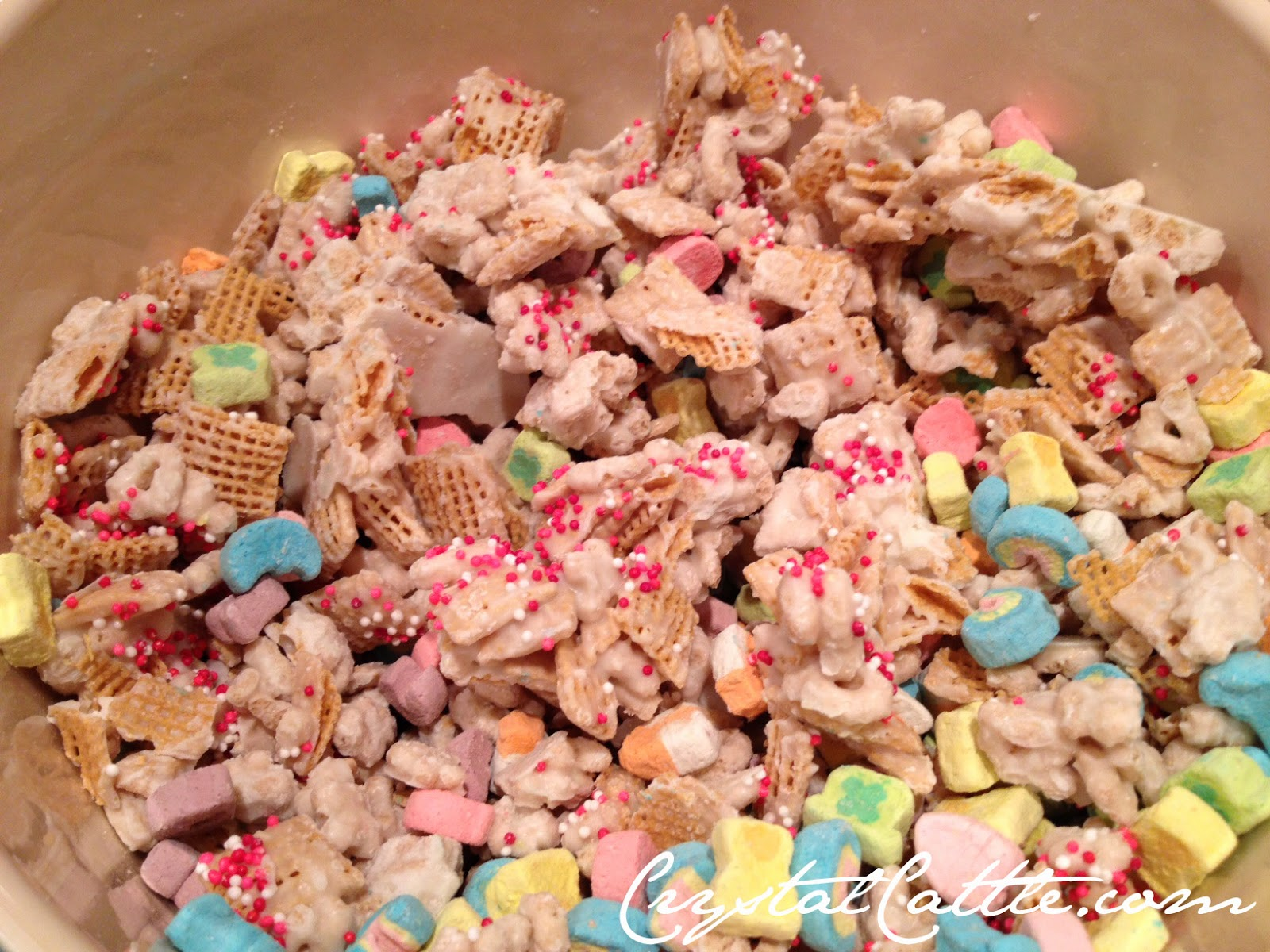 valentines lucky charms chex mix