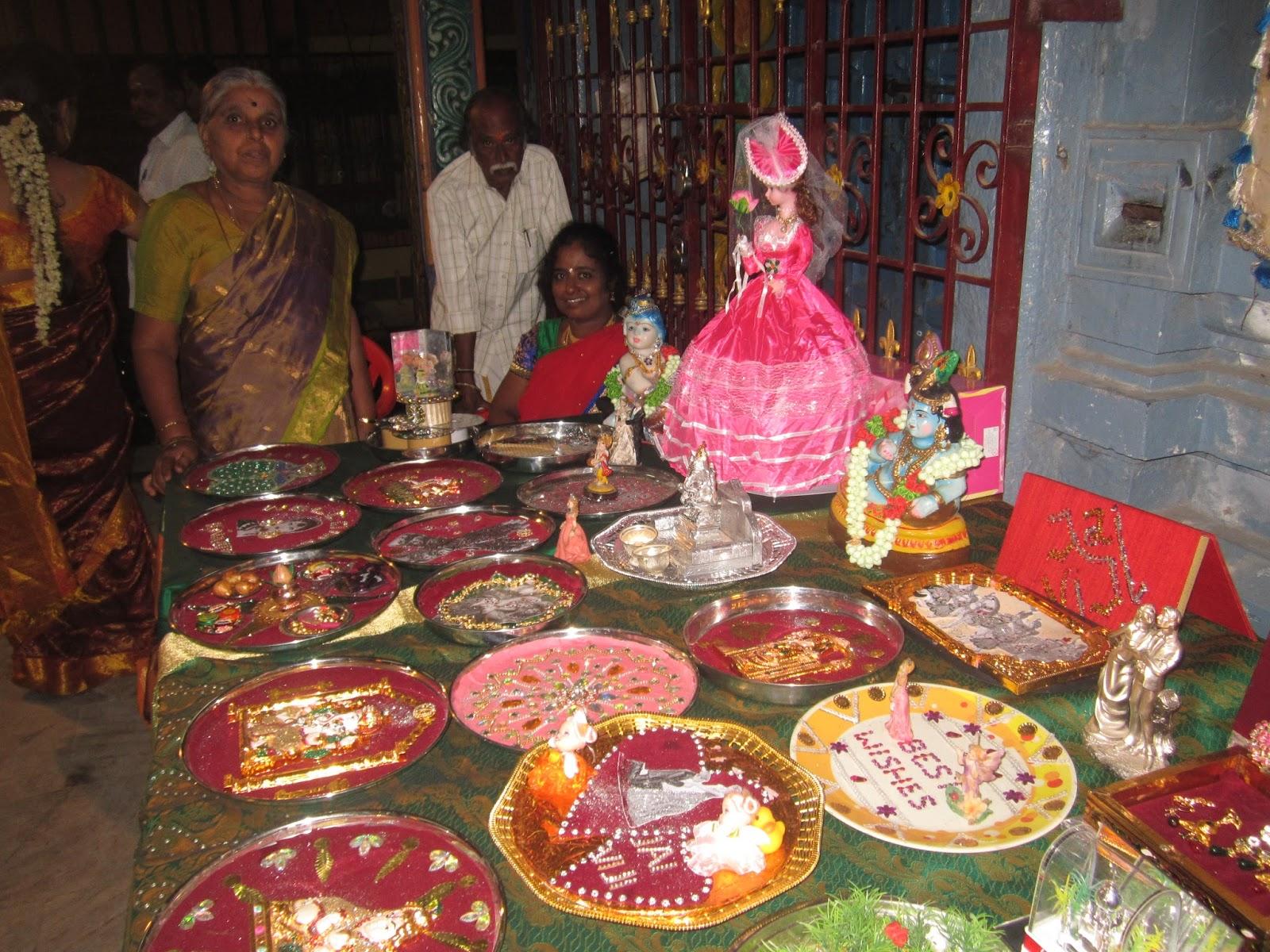 Arathi plates decoration and varisai thattu packing for Arathi thattu decoration