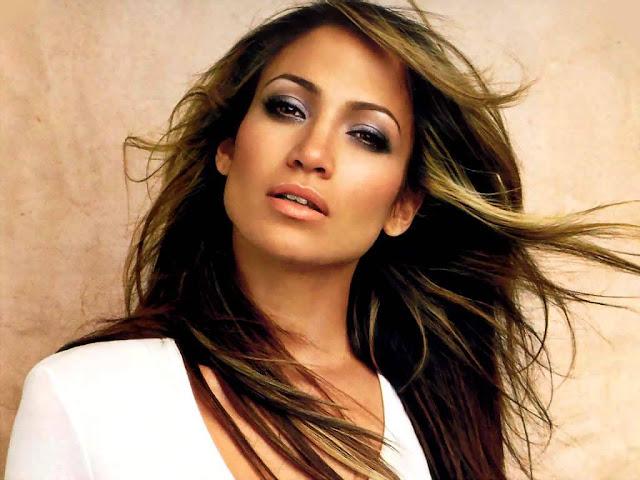 Singer Jennifer Lynn Lopez