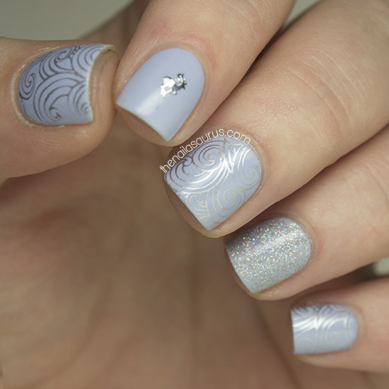 Blue Winter Nail Art