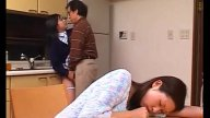 คลิปครูสอนพิเศษแอบลวนลามปล้ำเย็ดนักเรียนสาวคาชุดตอนไปติวหนังสือที่บ้าน