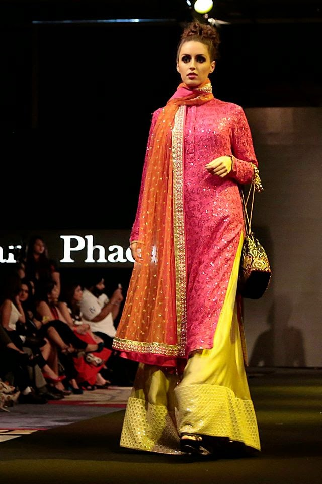 Fashion Shows 2015 India Vikram Phadnis Show at India