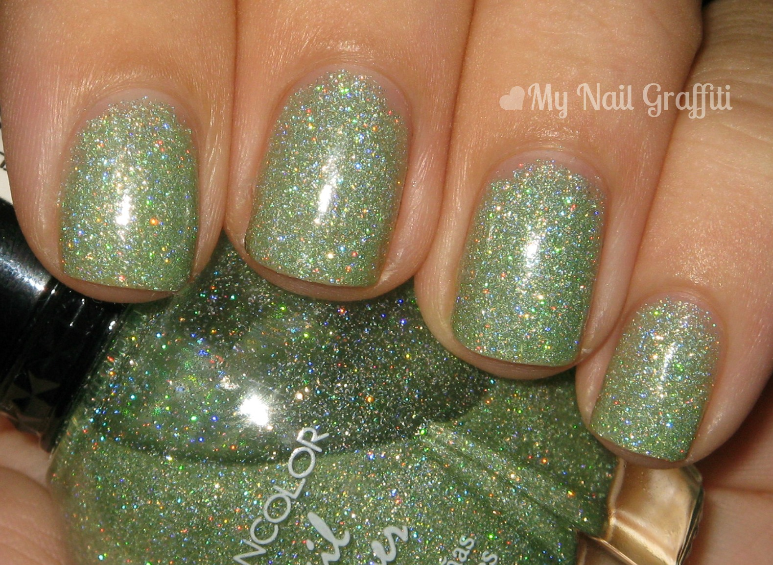 My Nail Graffiti: Kleancolor Holo Green