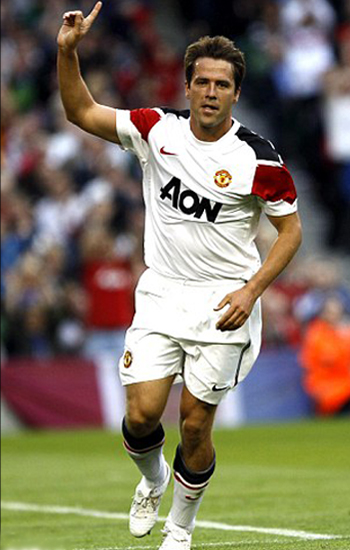 Michael Owen Man Utd Pictures 2011