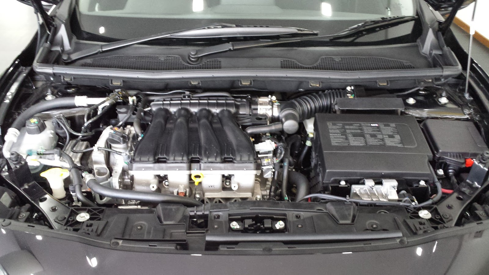 The Layman Auto Nissan Sylphy S Twin Brother The Renault
