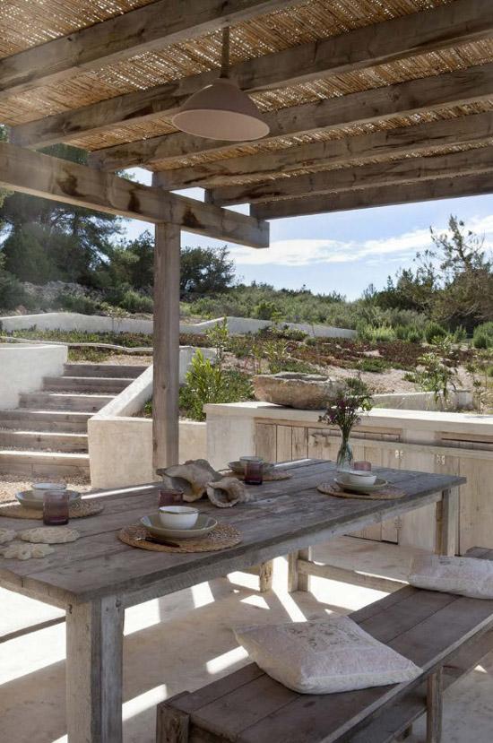 Casa Daniela in Formentera. Image by Jordi Canosa.