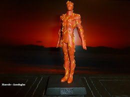 Coleção Marvel Figurine Nº 18