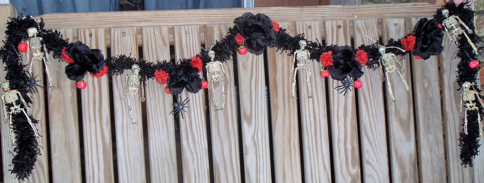 Live love scrap halloween garland diy for Halloween girlande