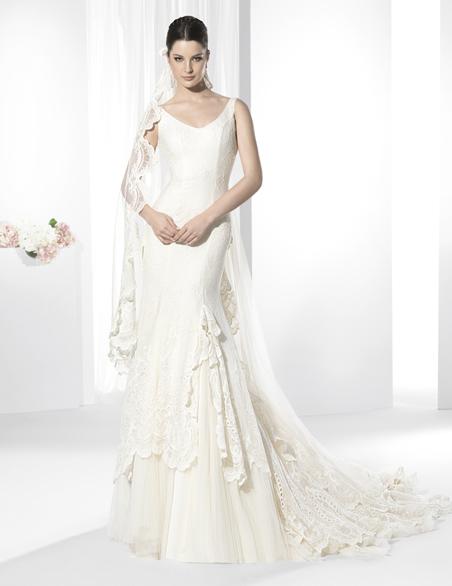 Elegantes vestidos de novias | Colección Franc Sarabia