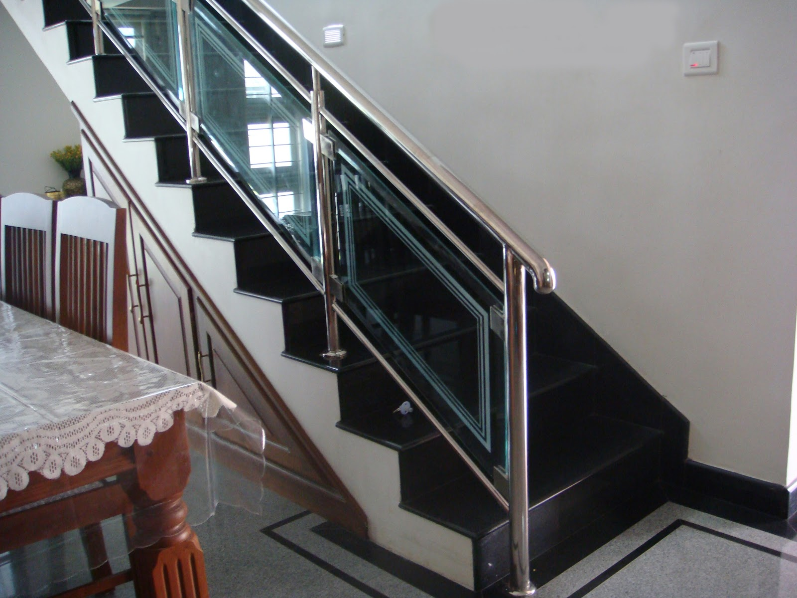 Build a building interior with stair for Pre built stairs interior