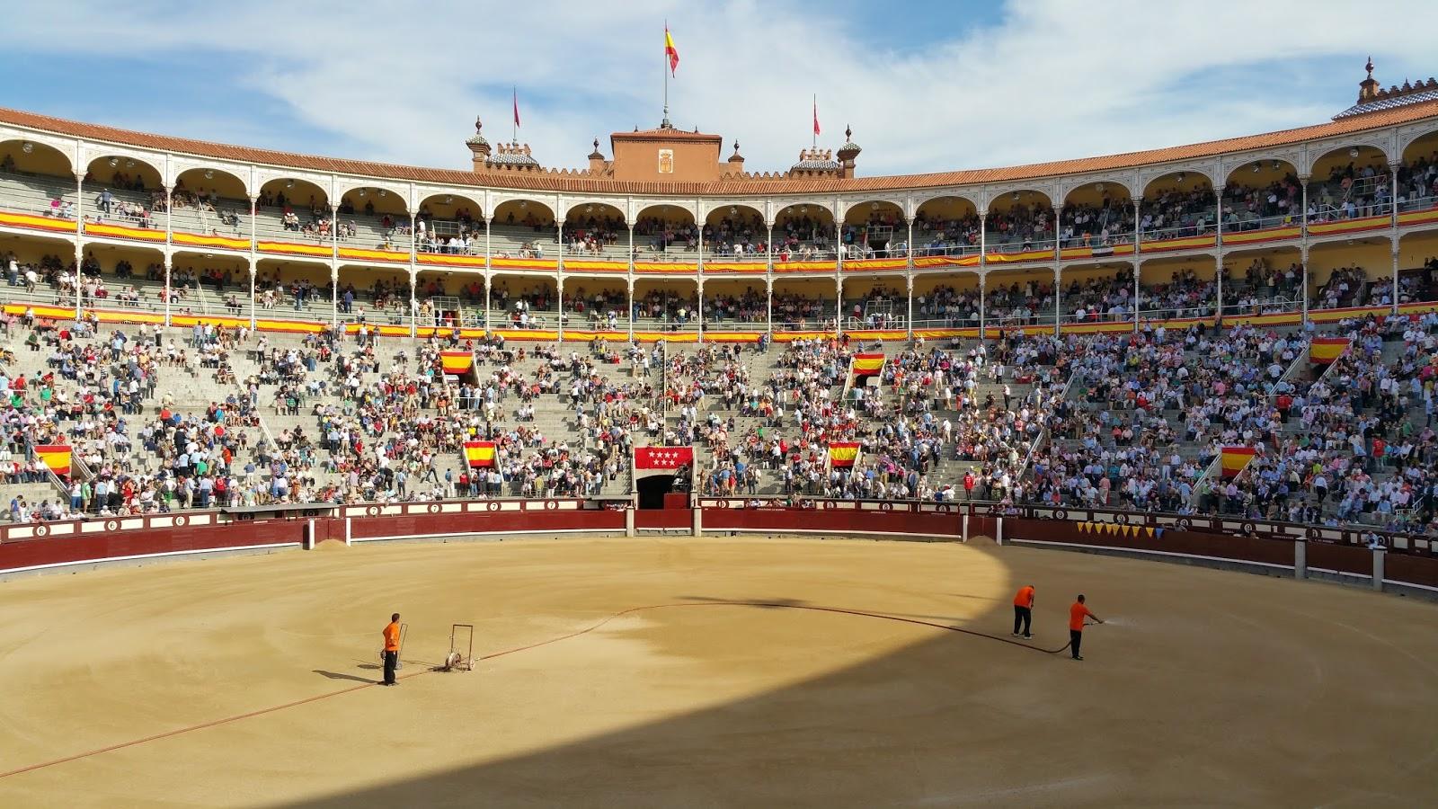 Del toro al infinito: El Dunquerque de Victorino / Por Paco Mora  #9A6D31 1600x900
