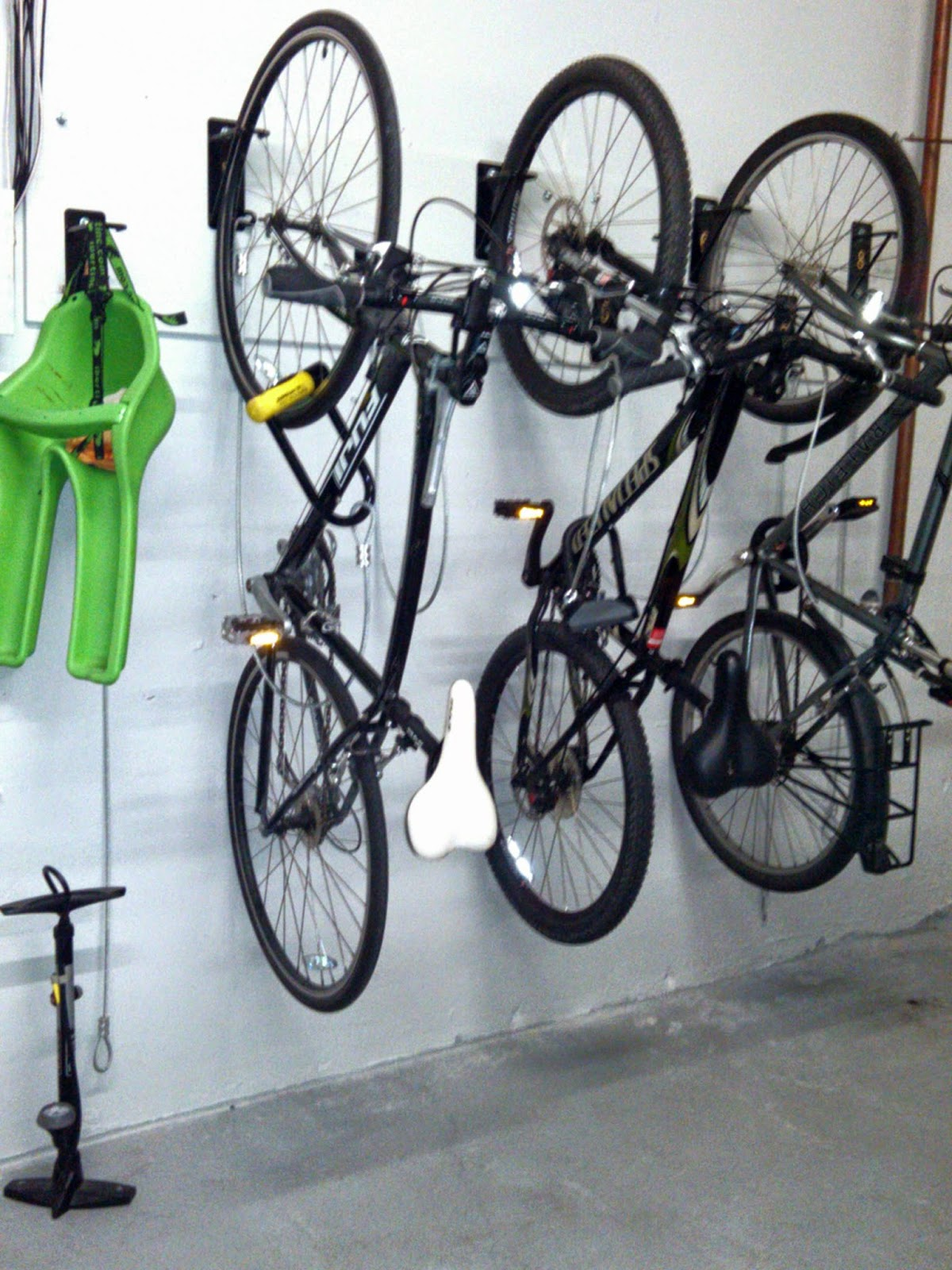 Wall Mount Bike Racks Chicago Il Space Efficient Secure Bike