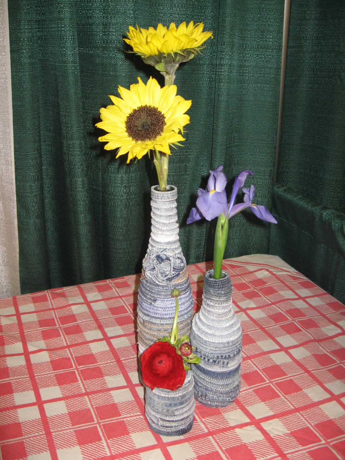Proverbs 31 living denim days progress on a rug and for Denim centerpieces