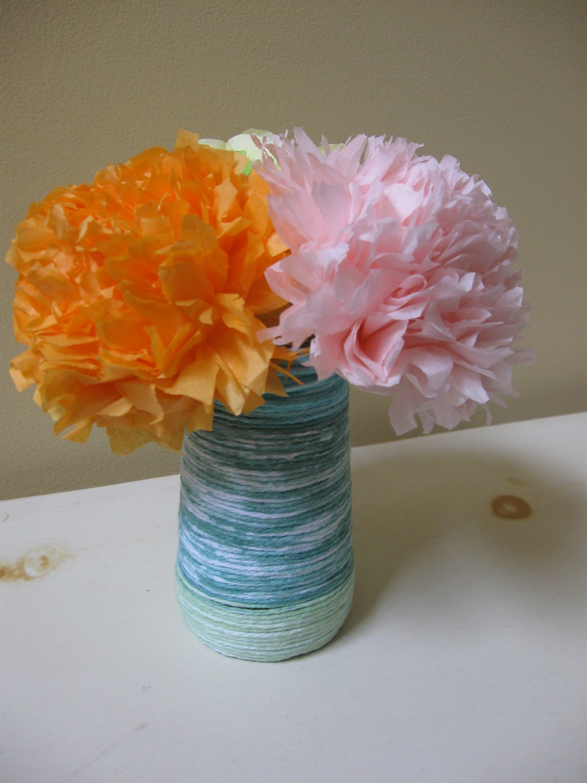 Craft klatch tissue paper flower bouquet for mothers day a tissue paper flower bouquet is a perfect gift for mothers day which is just around the corner its a bouquet that you made with love and will last and izmirmasajfo