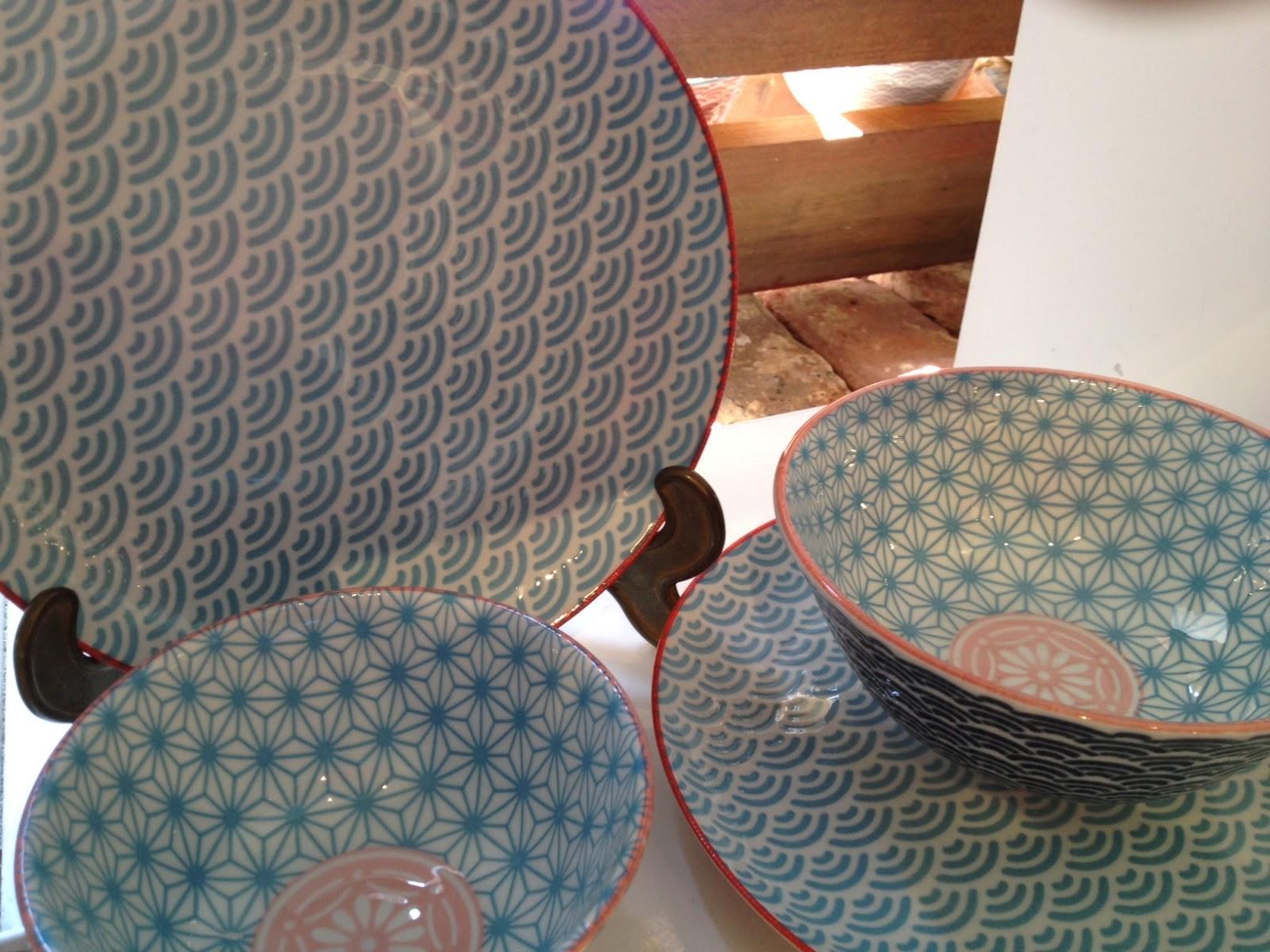 vaisselle asiatique fourneau wok quick shop assiette japonaise service de table japonais. Black Bedroom Furniture Sets. Home Design Ideas