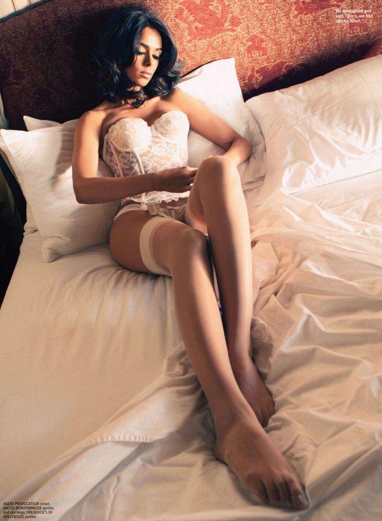 Actress Mallika Sherawats hot and sexy photos