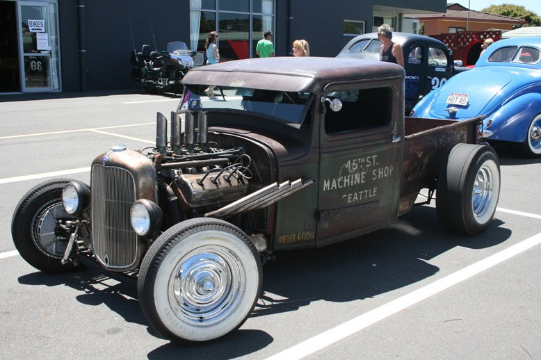 may be you dont know oldest car of the world. Black Bedroom Furniture Sets. Home Design Ideas