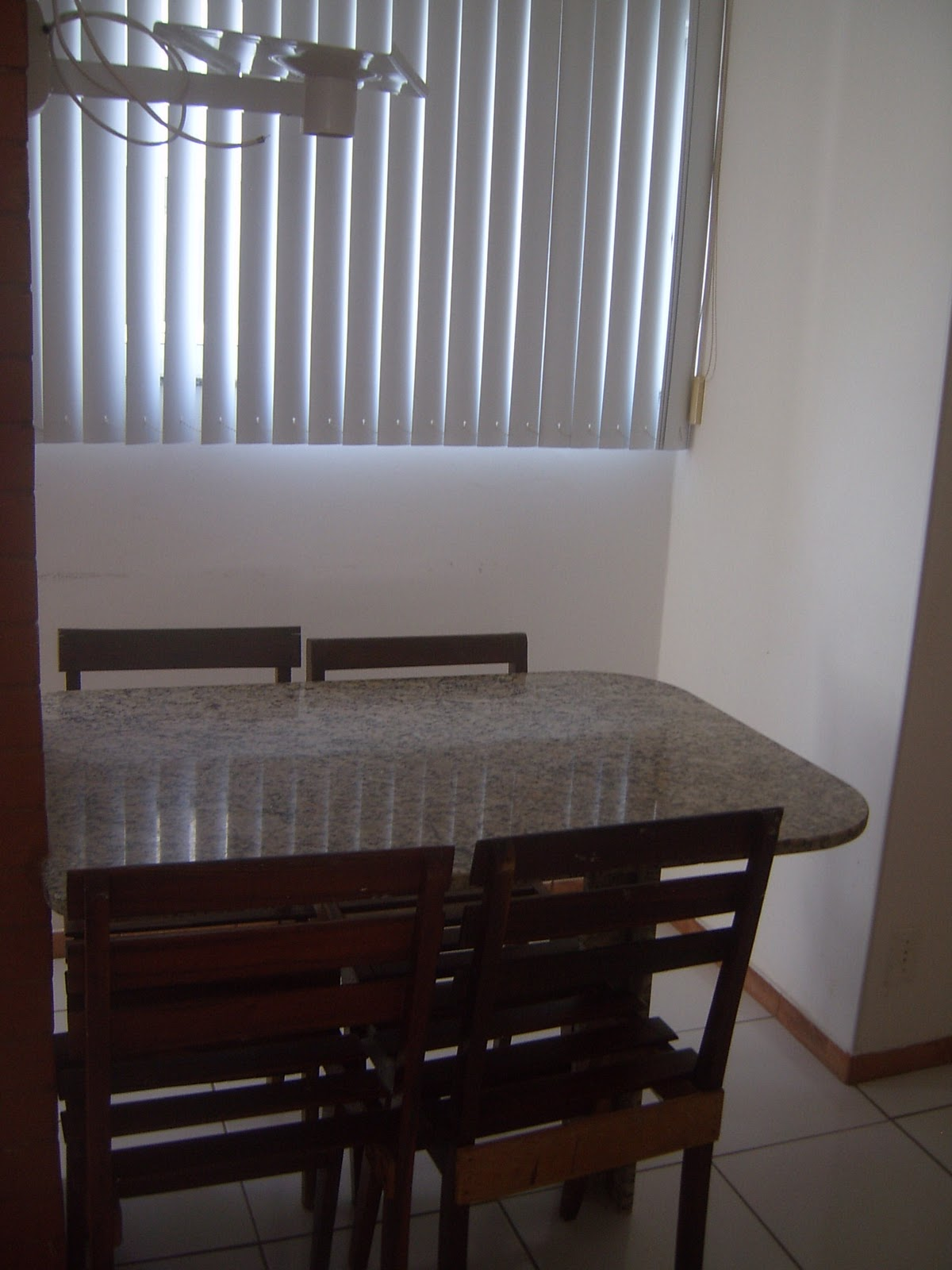 #40628B ALUGUEL DE APARTAMENTOS NA PRAIA DO FORTE PARA TEMPORADA: Detalhes  1200x1600 px Banco Para Cozinha Americana Ponto Frio_2571 Imagens