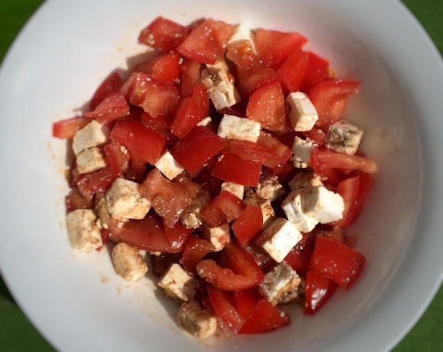 Tomate-Feta-Salat