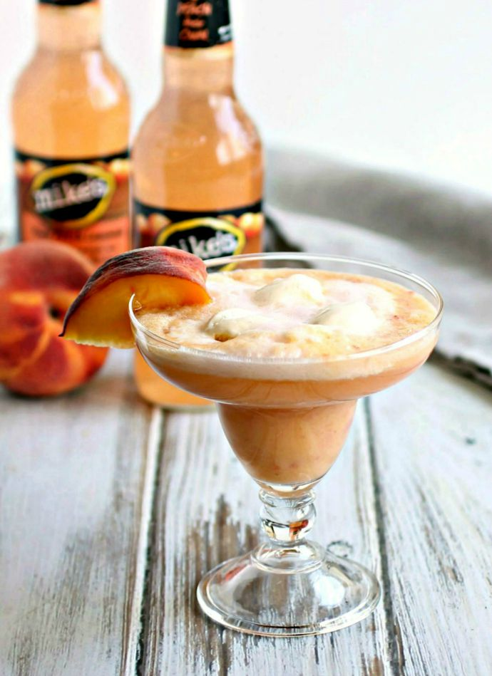 Rummy Peach Ice Cream Float