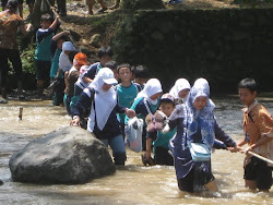 STUDENTS FIELD TRIP