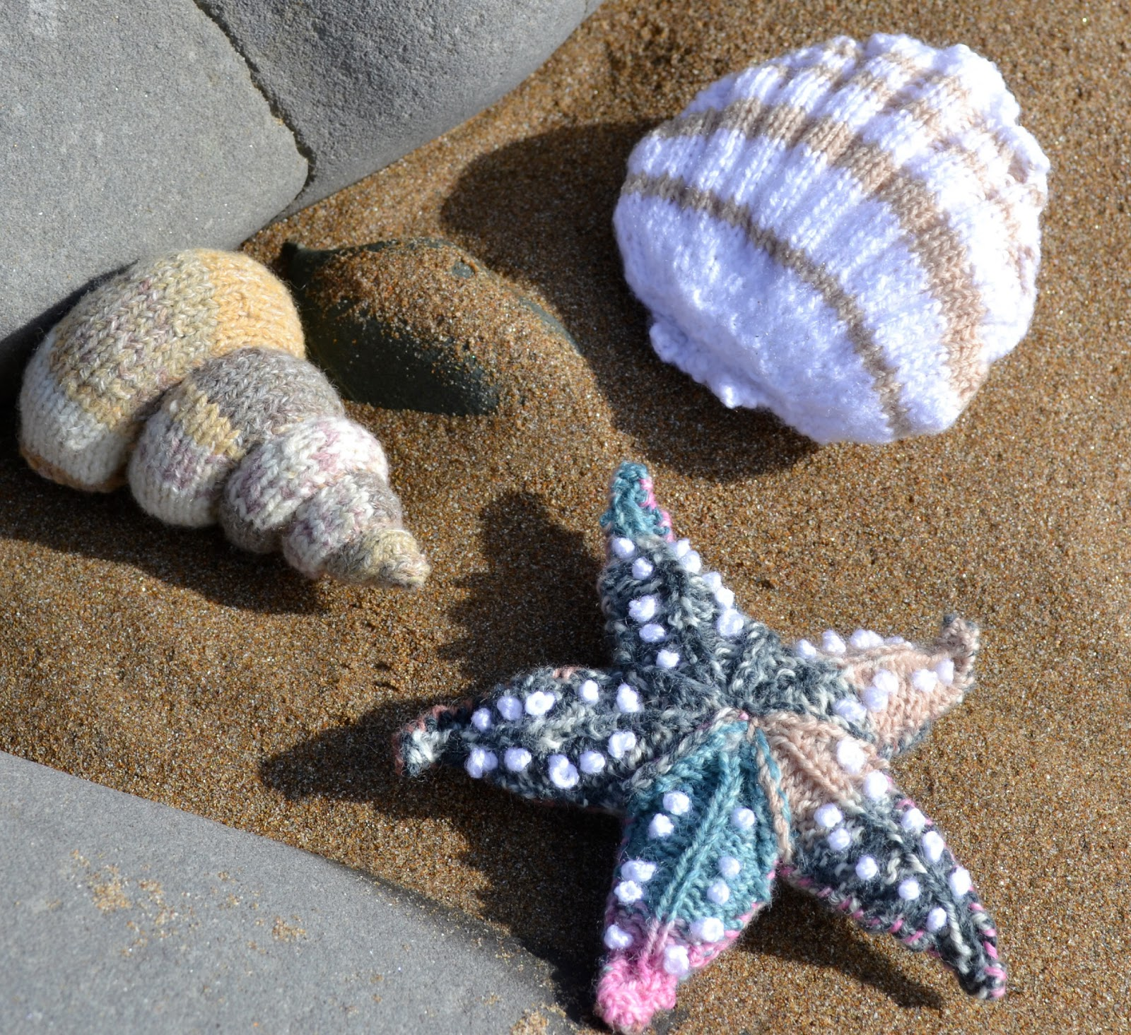 Seashell Knitting Pattern : Ginx Craft: Shells