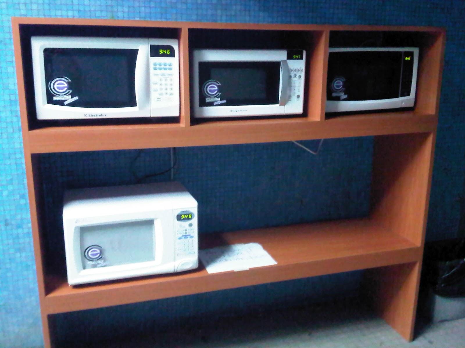 Nuevos microondas y mesas para la hora del almuerzo - Mesas para microondas ...