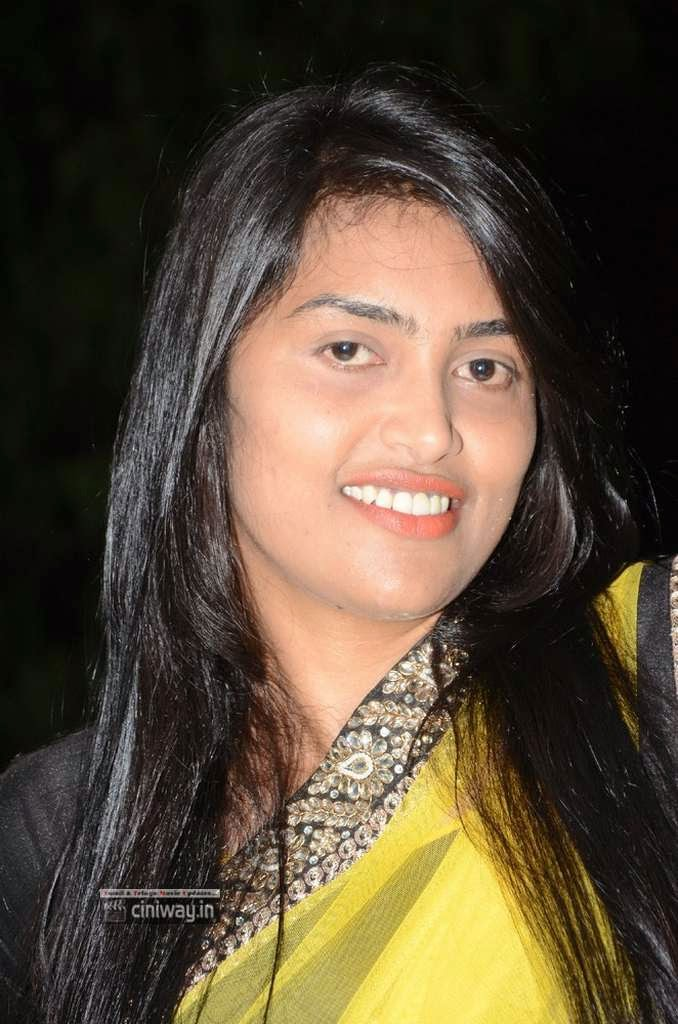 Sravanthi-Stills-at-Nani-Bujji-Bangaram-Movie-Audio-Launch