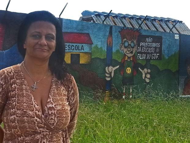 Painel em escola no DF faz críticas ao governo e vira alvo de sindicância