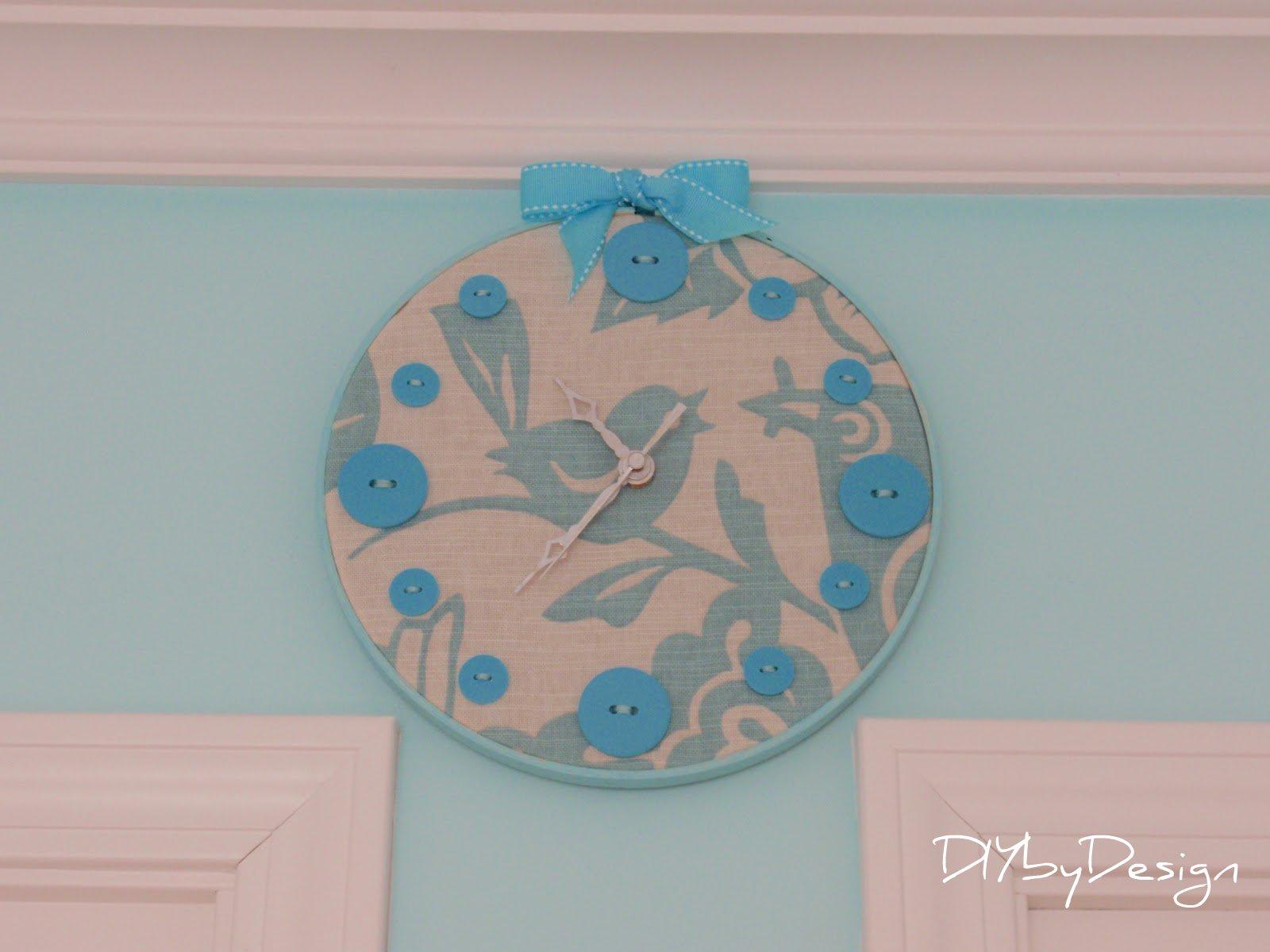 Diy by design embroidery hoop clock